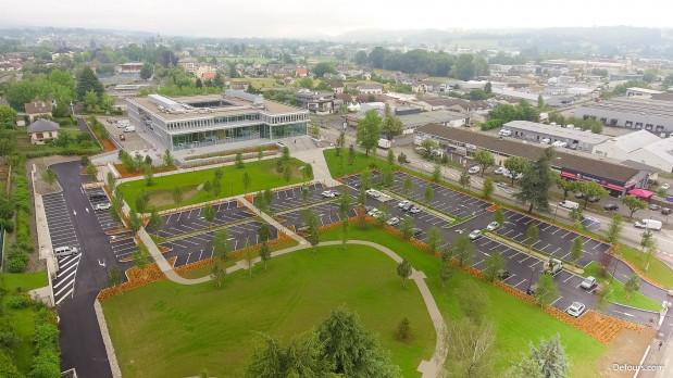 Travaux des aménagements extérieurs du nouveau siège du Crédit Agricole des Savoie